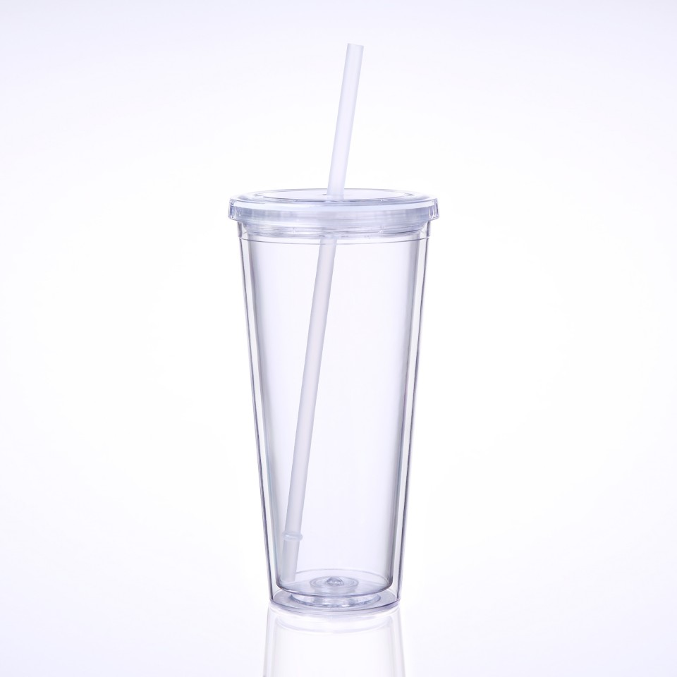 Cupture Classic 24oz Candy Tumbler in Clear with Matching Straw